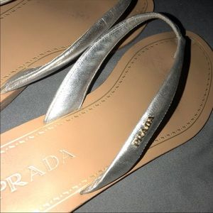 PRADA SILVER THONG SANDAL FLIP FLOP | Authentic |